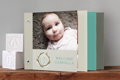 Tiny Twig Birth Announcement Minibook™ Cards