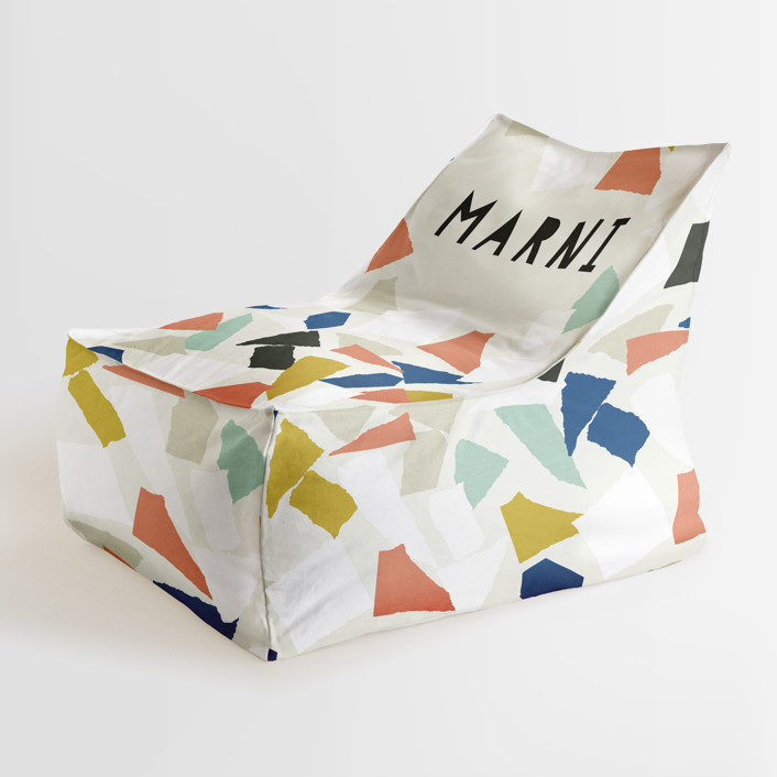 Paper Cut Personalizable Triangle Chairs