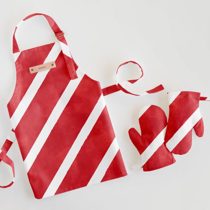 Candy Cane Stripes Children's Apron & Mitt Set