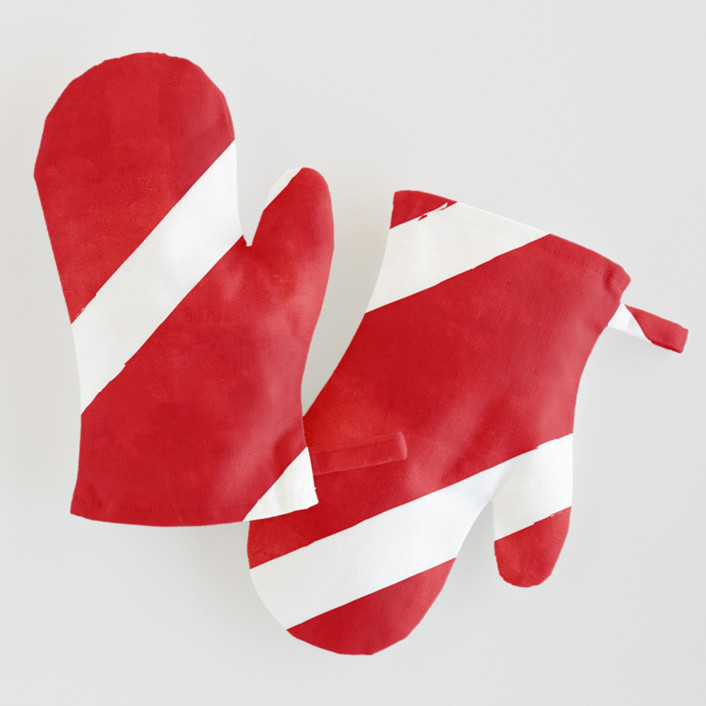 Candy Cane Stripes Children's Oven Mitts