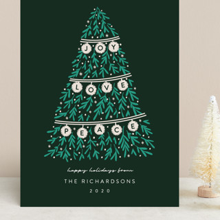 Banner Tree Grand Holiday Cards