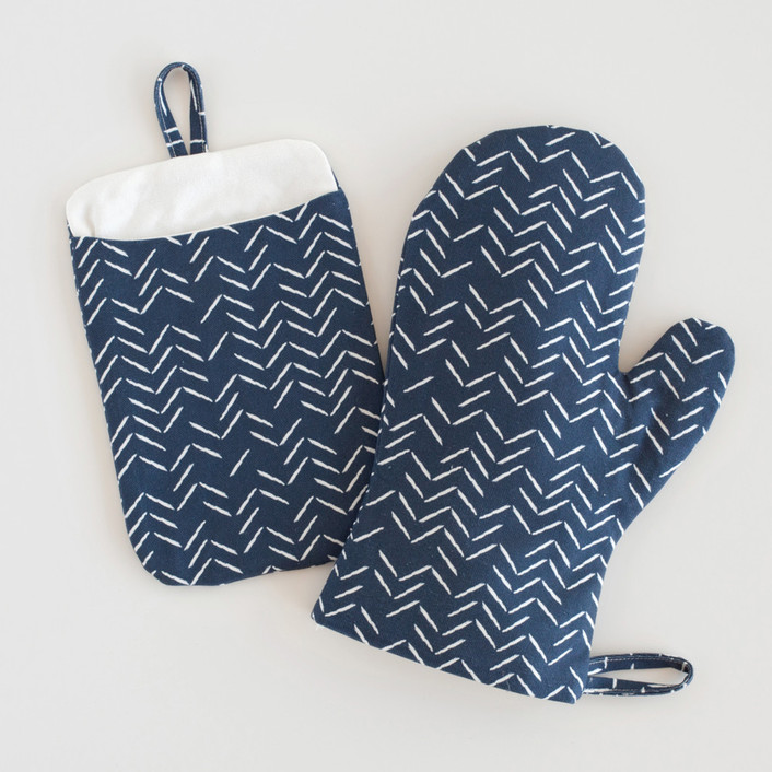 Herringbone Incomplete Mitt & Pot Holder Set
