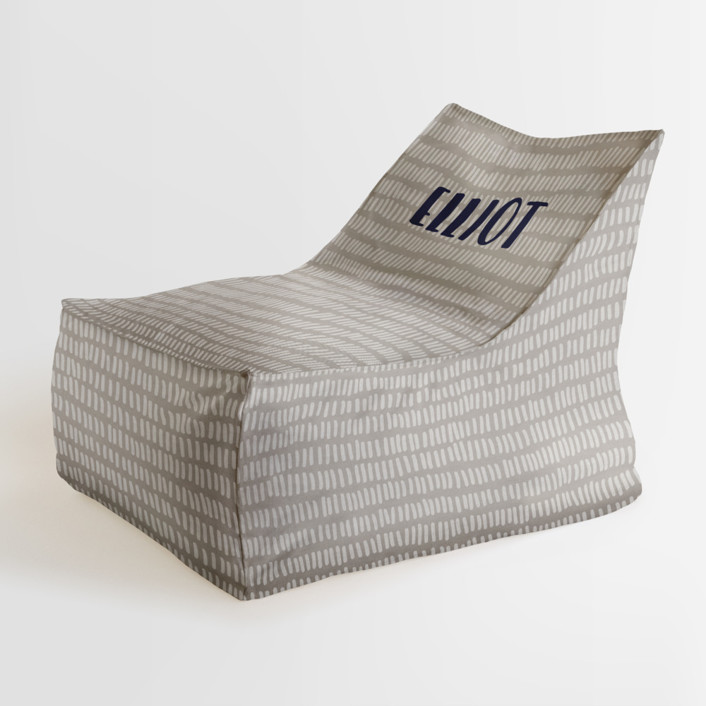 Division Personalizable Triangle Chairs